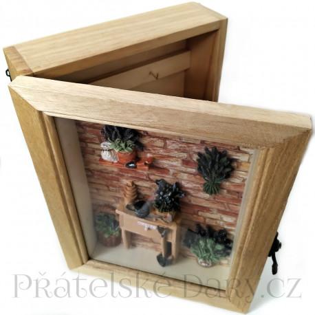 Skříňka na Klíče / Zahrada 22cm